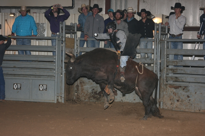 Dylan Scott & Bull Riding 087